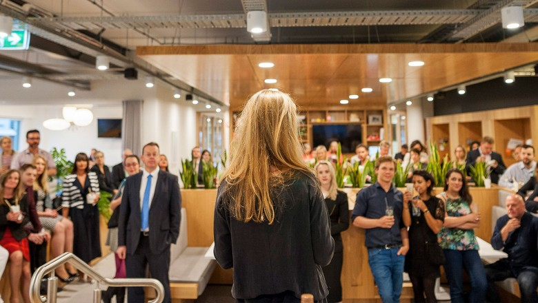 Apart from flexible office space, coworking and meeting rooms, Spaces offers networking events where entrepreneurs meet.