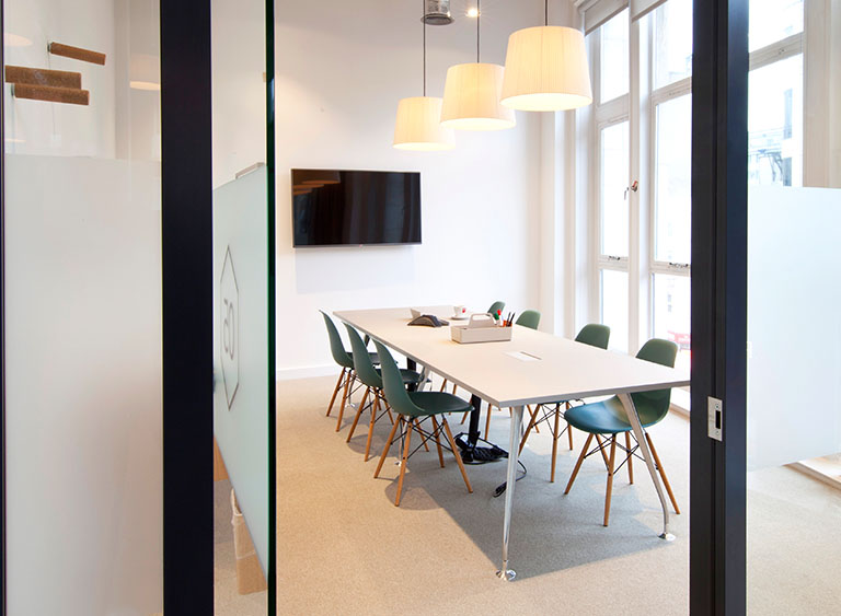 Meeting Room Near Uxbridge