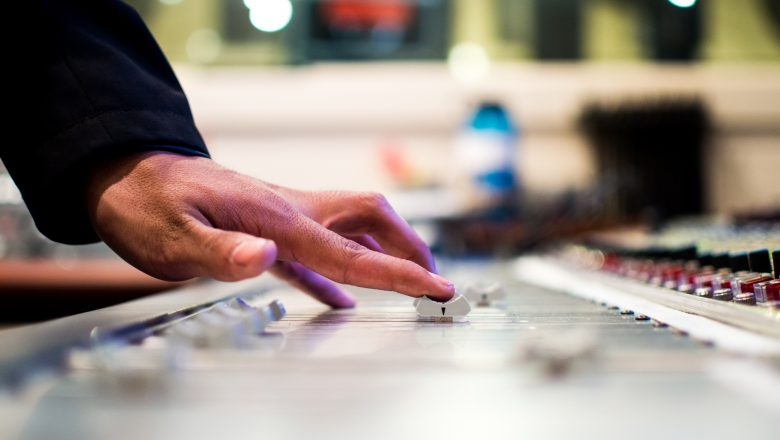 man-person-hand-party-dj