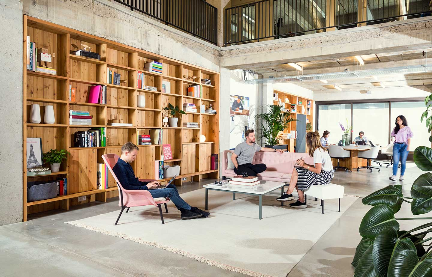 Superb Designer Office Space And Coworking In London.